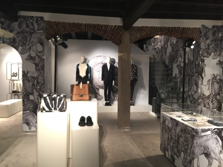 Louis Vuitton Popup Store